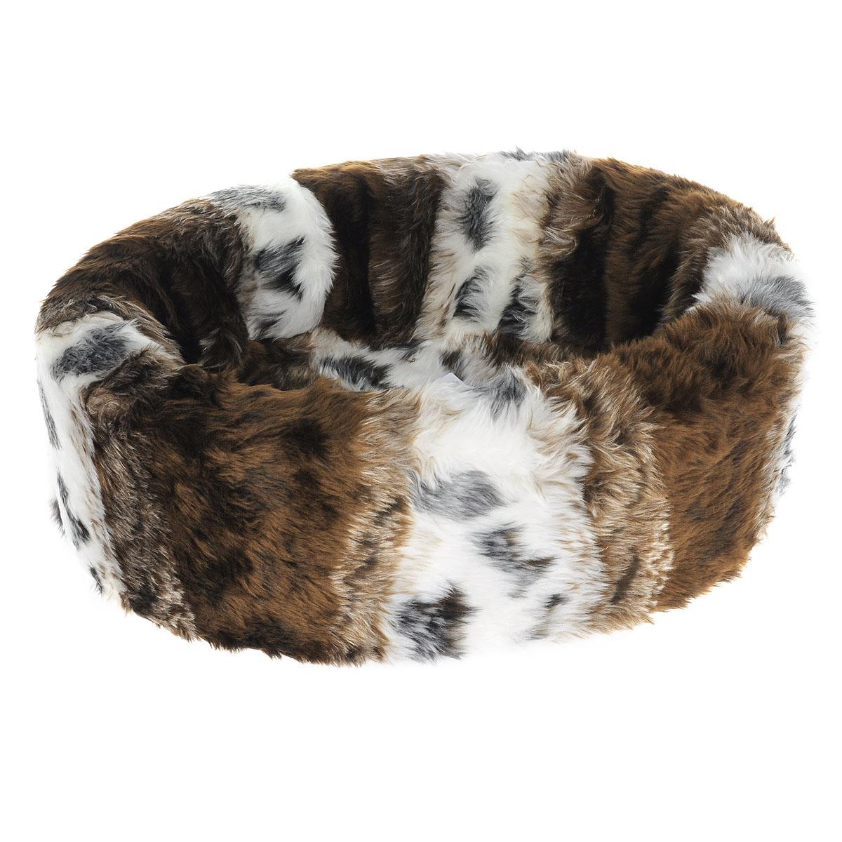 Лежак для собак I.P.T.S. Teddy, цвет: коричневый, 40 см х 35 см705736Лежак I.P.T.S. Teddy станет излюбленным местом отдыха вашего четвероногого друга. Даже самому своенравному питомцу понравится этот уютный мягкий уголок для сна. Лежак имеет округлую форму. Сочетание нейтральных цветов впишется в интерьер, и изделие будет одинаково хорошо смотреться как в гостиной, так и в другой комнате. Размер: 40 см х 35 см. Товар сертифицирован.