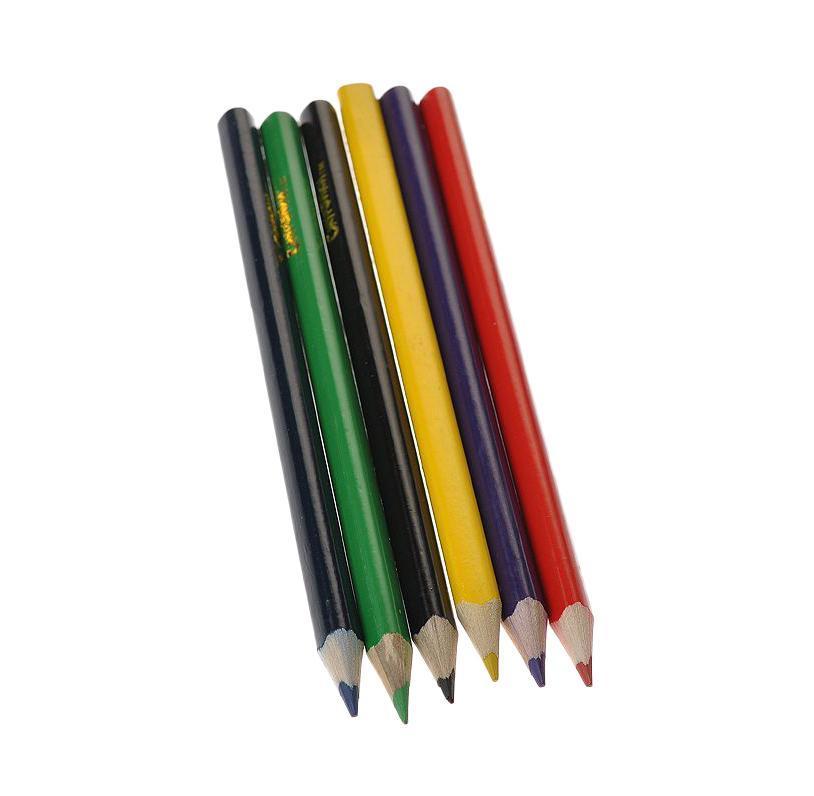 Цветные карандаши Смурфики, трехгранные, 6 цветов15719От производителя Карандаши Смурфики разработаны специально для малышей. Благодаря утолщенному корпусу и эргономичной трехгранной форме особенно удобны для детской руки. Корпус карандашей изготовлен из древесины, гладкость которого обеспечена многослойной покраской. Карандаши обладают яркими насыщенными цветами, а мягкий грифель позволяет штрихам легко ложиться на бумагу. Они уже заточены, поэтому все, что нужно для рисования - это взять чистый лист бумаги, и можно начинать! Комплект включает 6 толстых карандашей ярких насыщенных цветов: черного, фиолетового, красного, синего, зеленого и желтого. Карандаши Смурфики разработаны специально для малышей. Благодаря утолщенному корпусу и эргономичной трехгранной форме особенно удобны для детской руки. Корпус карандашей изготовлен из древесины, гладкость которого обеспечена многослойной покраской. Карандаши обладают яркими насыщенными цветами, а мягкий грифель позволяет штрихам легко ложиться на бумагу. Они уже...