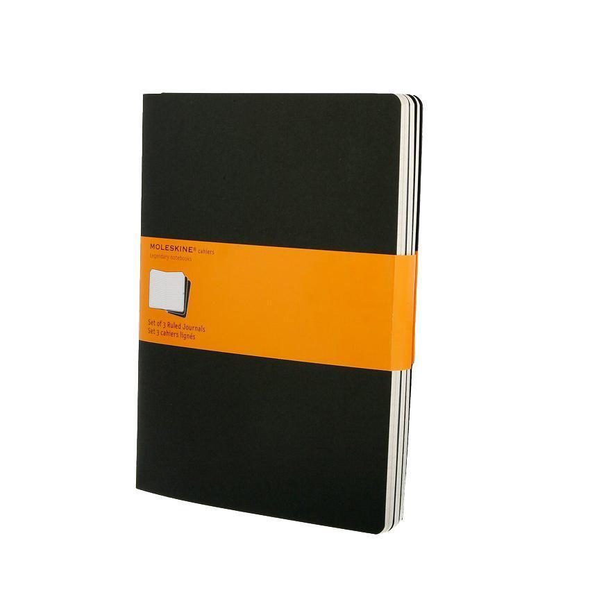 Блокнот Moleskine Moleskine Cahier Cahier (в линейку) ХLarge черная 3 штQP321ENЗаписная книжка в картонной обложке без пропитки содержит 120 страниц в линейку. Неповторимые черты записной книжки Молескин: Прошитый нитками переплет; Практичные скругленные углы; Не желтеющие со временем страницы; Последние 16 листов с перфорацией для отрыва; Быстро впитывающая чернила бумага; Вместительный внутренний кармашек. Характеристики: Цвет: черный. Размер: 19 см х 25 см. Материал: бумага, картон. Moleskine (Молескин) - легендарная записная книжка, которой уже два столетия отдает дань любви и уважения европейская творческая интеллигенция: писатели, журналисты, художники, дизайнеры, архитекторы, актеры и музыканты. Среди знаменитых поклонников Moleskine - Эрнест Хемингуэй и Пабло Пикассо, Брюс Чатвин и Луис Сепульведа, Винсент Ван Гог и Анри Матисс, Жан-Поль Сартр и Гийом Апполлинер, Оскар Уайльд и Гертруда Стайн. Множество ярких идей и набросков были до времени скрыты этим тайным...