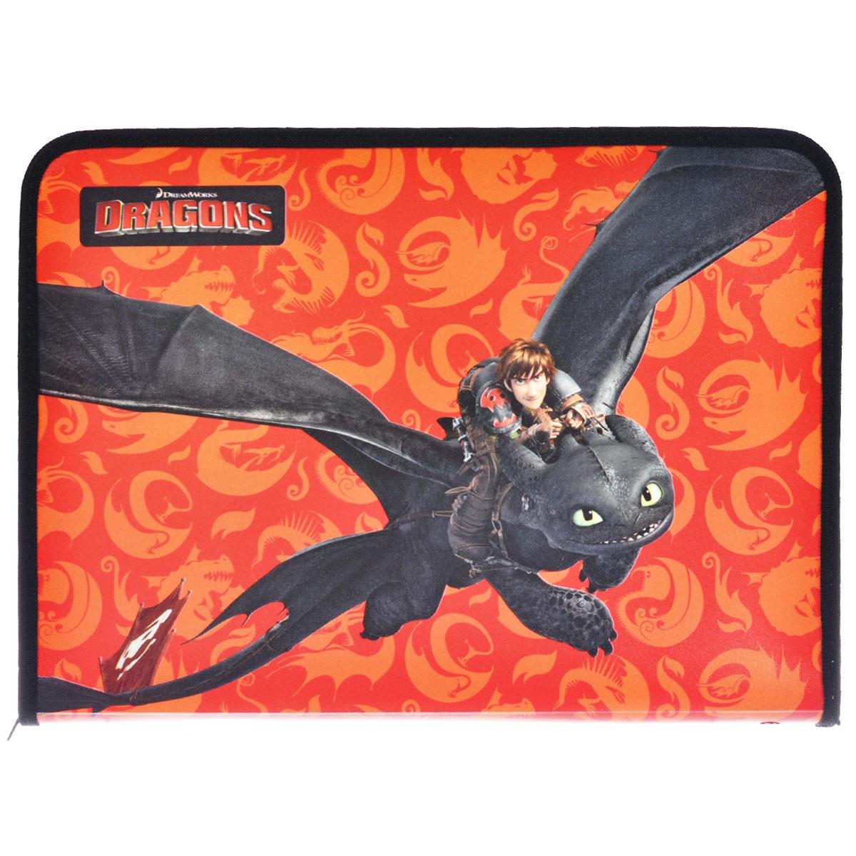 Папка для труда Action! Dragons, цвет: черный, оранжевыйDR-FZA4-LПапка для труда Action! Dragons предназначена для хранения тетрадей, рисунков и прочих бумаг, а также ручек, карандашей, ластиков и точилок. Папка оформлена изображением Иккинга и Беззубика - персонажей мультфильма Как приручить дракона. Внутри находится одно большое отделение с вкладышем, содержащим 11 фиксаторов для школьных принадлежностей. Закрывается папка на застежку-молнию. Яркая и удобная, такая папка непременно понравится вашему ребенку.