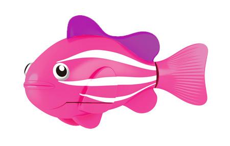 Игрушка для ванны Robofish РобоРыбка: Клоун, цвет: розовый2501-2Игрушка для ванны Robofish РобоРыбка: Клоун понравится вашему малышу и превратит купание в веселую игру. Она выполнена из безопасного пластика с элементами металла в виде маленькой красочной акулы. При погружении в ванну, аквариум или другую емкостью с водой РобоРыбка начинает плавать, опускаясь ко дну и поднимаясь к поверхности воды. Акула прекрасно имитирует повадки настоящей рыбы. Траектория ее движения зависит от наклона хвоста. Внутри рыбки находится специальный грузик, регулирующий глубину ее погружения. Если рыбка плавает на дне, не всплывая, - уберите грузик; если на поверхности - добавьте грузик. Набор включает подставку, на которой можно разместить рыбку, пока вы с ней не играете. Порадуйте вашего ребенка таким замечательным подарком! Игрушка работает от 2 батарей напряжением 1,5V типа LR44 (2 установлены в игрушку и 2 запасные).