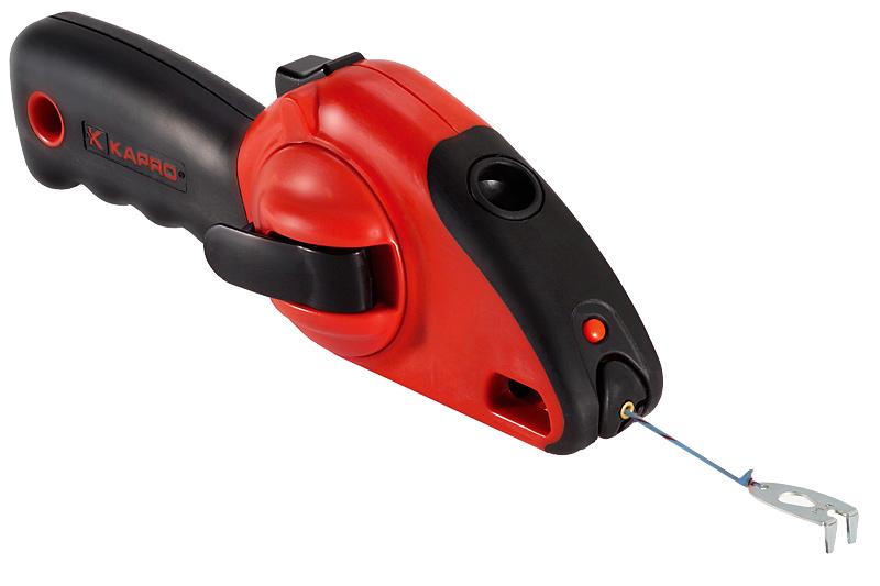 Шнур отбивочный Kapro, со встроенным уровнем, 30 м214Отбивочный шнур Kapro может использоваться двумя способами: для разметки с помощью мелового порошка и в качестве отвеса. Корпус выполнен из пластика. Шнур оснащен встроенным уровнем.