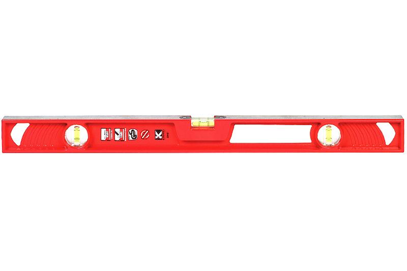 Уровень литой Kapro Supercast, 3 колбы, 80 см820-10-80Литой уровень Kapro Supercast используется при необходимости контроля горизонтальных и вертикальных плоскостей. Легкий металлический корпус уровня обеспечивает долгий срок эксплуатации. Оснащен 3 колбами. Горизонтальная колба регулируемая.