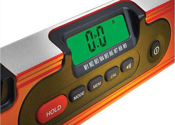 Уровень электронный магнитный Kapro, в чехле, 2 колбы, 60 смD985-60Электронный магнитный уровень Kapro используется при необходимости контроля горизонтальных и вертикальных плоскостей. Металлический корпус уровня обеспечивает долгий срок эксплуатации. Уровень оснащен 3 колбами и ЖК-дисплеем с подсветкой. Считывает данные в диапазоне 360°. Инструмент издает звуковой сигнал при 0°, 45°, 90°. Оснащен индикацией заряда батареи. Текстильный чехол в комплекте. Питается от батареи 9 В (не входит в комплект). Точность измерения: ± 0,1°. Функции: Захват. Режим: градус/процент/наклон. Память: последние 9 измерений. Перекалибровка.