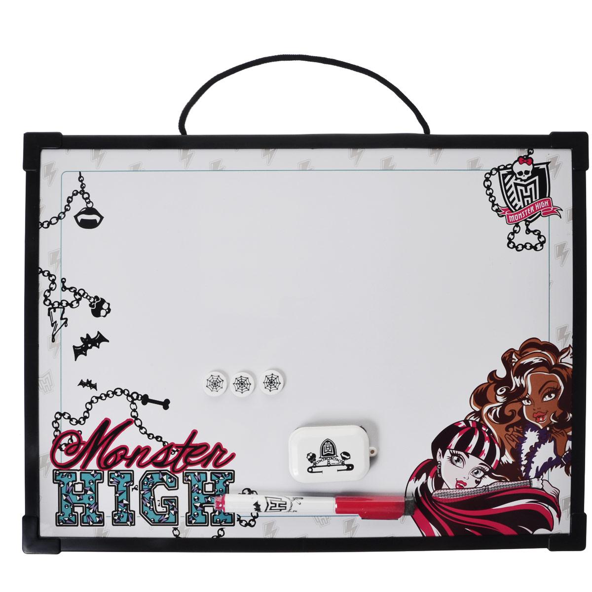 Доска магнитно-маркерная Monster High, цвет: черный, с аксессуарамиMHBB-US1-Z150098Магнитно-маркерная доска Monster High - прекрасный способ для развития творческих и мыслительных способностей ребенка. Края доски обрамлены пластиком, который защищает ее от повреждений. В комплекте с доской предусмотрены специальный маркер с колпачком-стеркой из фетра, три круглых магнита и специальная губка для стирания записей и рисунков. Доска оформлена изображением персонажей мультсериала Школа Монстров и имеет удобную веревочную петлю для подвешивания. Чернила маркера безопасные и нетоксичные. Магнитно-маркерная доска Monster High отлично подойдет для игр и учебы.