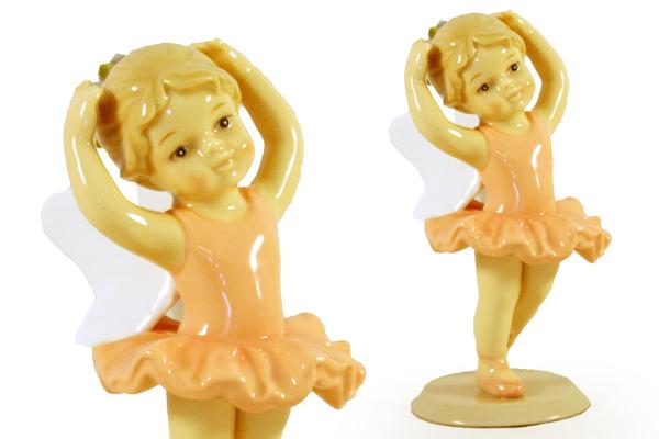 Статуэтка Navel Фея-балерина в оранжевом, высота 13,5 смN-PB9570/A-ALОчаровательная статуэтка Фея-балерина в оранжевом, выполненная из высококачественного фарфора, станет оригинальным подарком для всех любителей стильных вещей. Изысканный сувенир дополнит интерьер любого помещения. Вы можете поставить статуэтку в удобном для вас месте, где она будет удачно смотреться, и радовать глаз.