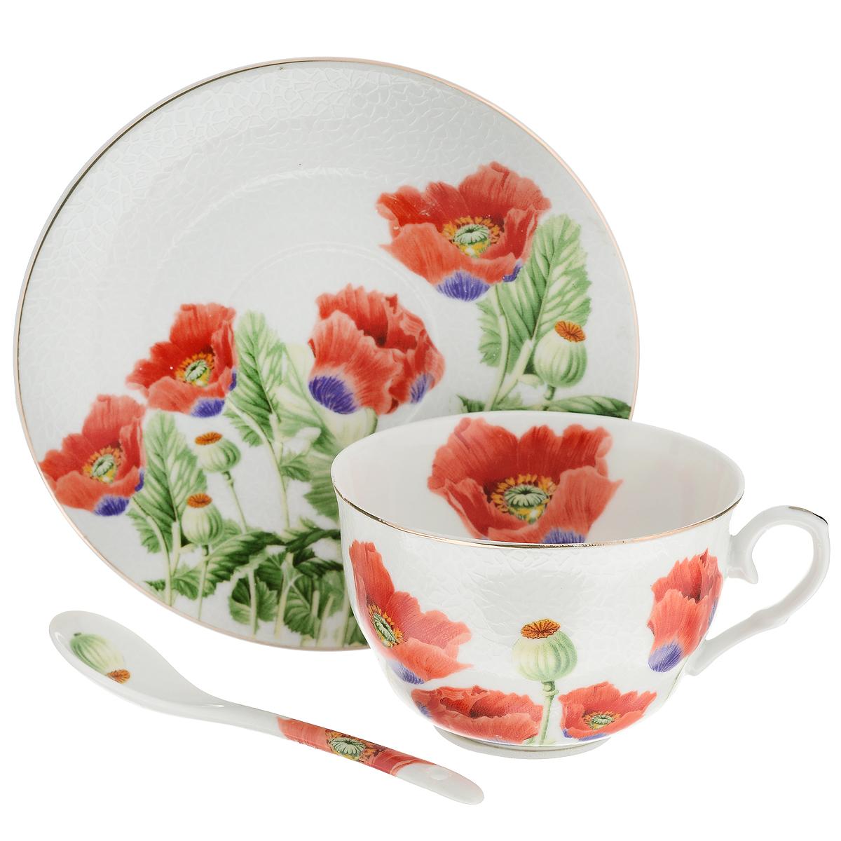 Набор чайный Briswild Цветы мака, 3 предмета545-364Чайный набор Briswild Цветы мака состоит из чашки, блюдца и чайной ложки. Изделия выполнены из высококачественного фарфора и оформлены красочным цветочным рисунком. Изящный набор красиво оформит стол к чаепитию и станет приятным подарком к любому случаю. Не использовать в микроволновой печи. Не применять абразивные моющие средства.
