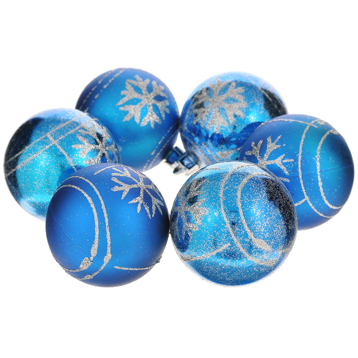 Набор новогодних подвесных украшений Шар, цвет: синий, диаметр 6 см, 6 шт. 3553735537Набор новогодних подвесных украшений Шар прекрасно подойдет для праздничного декора новогодней ели. Состоит из шести шаров. Елочная игрушка - символ Нового года. Она несет в себе волшебство и красоту праздника. Создайте в своем доме атмосферу веселья и радости, украшая новогоднюю елку нарядными игрушками, которые будут из года в год накапливать теплоту воспоминаний. Коллекция декоративных украшений принесет в ваш дом ни с чем несравнимое ощущение волшебства! Откройте для себя удивительный мир сказок и грез. Почувствуйте волшебные минуты ожидания праздника, создайте новогоднее настроение вашим дорогим и близким.