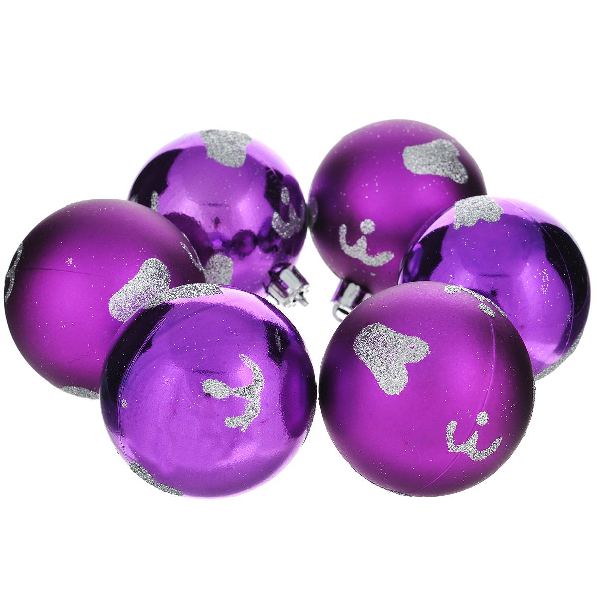 Набор новогодних подвесных украшений Шар, цвет: фиолетовый, диаметр 6 см, 6 шт. 3552535525Набор новогодних подвесных украшений Шар прекрасно подойдет для праздничного декора новогодней ели. Состоит из шести шаров. Елочная игрушка - символ Нового года. Она несет в себе волшебство и красоту праздника. Создайте в своем доме атмосферу веселья и радости, украшая новогоднюю елку нарядными игрушками, которые будут из года в год накапливать теплоту воспоминаний. Коллекция декоративных украшений принесет в ваш дом ни с чем несравнимое ощущение волшебства! Откройте для себя удивительный мир сказок и грез. Почувствуйте волшебные минуты ожидания праздника, создайте новогоднее настроение вашим дорогим и близким.
