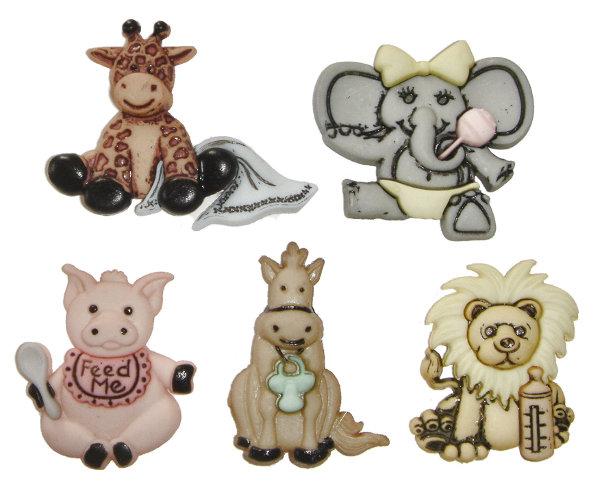 Пуговицы декоративные Dress It Up Милые животные, 5 шт. 77020587702058Набор Dress It Up Милые животные состоит из 5 декоративных пуговиц, выполненных из пластика в форме лошади, жирафа, льва, слона и свиньи. Такие пуговицы подходят для любых видов творчества: скрапбукинга, декорирования, шитья, изготовления кукол, а также для оформления одежды. С их помощью вы сможете украсить открытку, фотографию, альбом, подарок и другие предметы ручной работы. Пуговицы разных цветов имеют оригинальный и яркий дизайн.