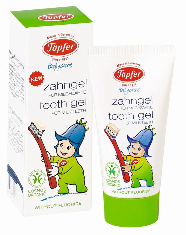 Topfer Детская зубная паста Babycare, для молочных зубов, с экстрактом органической календулы, 50 мл60384Детская зубная паста Topfer Babycare с экстрактом органической календулы рекомендуется для регулярного гигиенического очищения молочных зубов с момента их прорезывания и до 7 лет. Паста имеет приятный нейтральный вкус, гелевую консистенцию и безопасна при проглатывании, так как не содержит фтора и нет риска передозировки. Гомеопатически совместима: не содержит ментола, тензидов и ГМО. Товар сертифицирован.