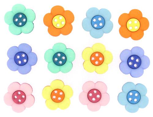 Пуговицы декоративные Dress It Up Цветочки, 12 шт. 77045877704587Набор Dress It Up Цветочки состоит из 12 декоративных пуговиц, выполненных из пластика. Такие пуговицы подходят для любых видов творчества: скрапбукинга, декорирования, шитья, изготовления кукол, а также для оформления одежды. С их помощью вы сможете украсить открытку, фотографию, альбом, подарок и другие предметы ручной работы. Пуговицы разных цветов имеют оригинальный и яркий дизайн.