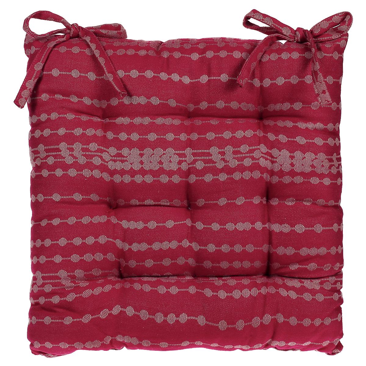 Подушка на стул Julia Vysotskaya, жаккардовая, цвет: красный, 40 см х 40 см2014-51Подушка Julia Vysotskaya изготовлена из жаккарда с красивым рисунком. Изделия из жаккарда уже давно стали известны всему миру не только своей прочностью и износостойкостью, но и элегантным, благородным внешним видом. Такой материал прослужит Вам не один десяток лет. Изделия имеют тефлоновое покрытие, можно поставить на него даже раскаленную сковороду и изделие останется целым. На всех изделиях коллекции есть не только логотип Julia Vysotskaya, но и сорока, которая является гербом поместья Юлии в Тоскане. Подушка стеганая, внутри - наполнитель из полиэстера. Подушка легко крепится на стул с помощью завязок. Правильно сидеть - значит сохранить здоровье на долгие годы. Жесткие сидения подвергают наше здоровье опасности. Подушка с наполнителем из полиэстера поможет предотвратить многие беды, которыми грозит сидячий образ жизни.