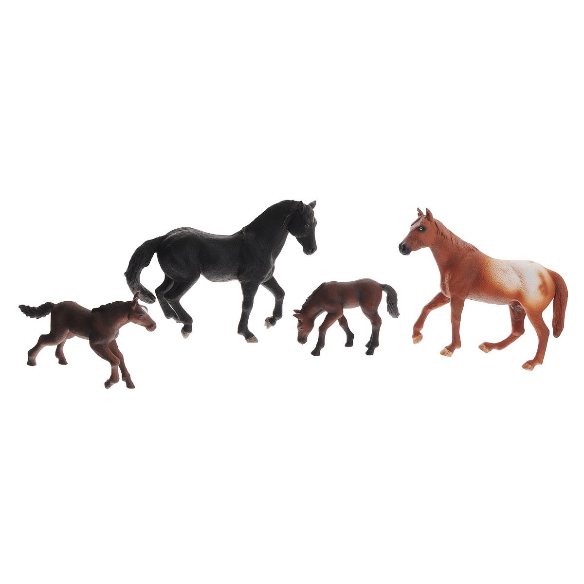Набор фигурок Mojo Лошади, 4 шт387310Набор фигурок Mojo Лошади познакомят вашего ребенка с окружающим миром. В набор входят четыре фигурки лошадок: черный жеребец, апалузский гнедой, гановерский жеребенок и жеребенок, которые имеют высокую степень сходства с настоящими лошадьми и очень высокую детализацию, что позволяет использовать фигурки не только как игровые, но и как коллекционные. Кроме того, фигурки можно использовать в качестве наглядного пособия при изучении животного мира. Фигурки изготовлены из полимерного материала, не токсичны и не вызывают аллергию.