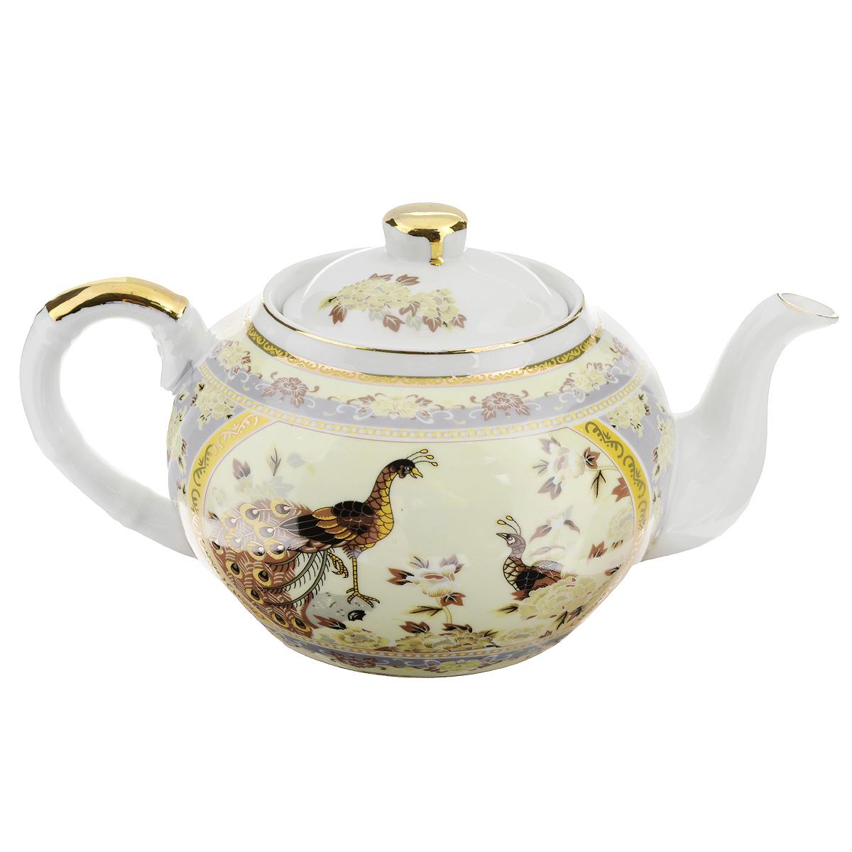 Чайник заварочный Saguro Павлин на бежевом, 1 л. 545-386545-386Чайник заварочный Saguro Павлин на бежевом изготовлен из высококачественного фарфора. Чайник декорирован изображением павлинов, цветов и золотой каймой. Такой дизайн, несомненно, придется по вкусу любителям классики и тем кто ценит красоту и изящество. Чайник заварочный Saguro Павлин на бежевом украсит ваш кухонный стол, а также станет замечательным подарком к любому празднику. Не использовать в микроволновой печи. Не применять абразивные чистящие вещества. Объем: 1 л. Размеры чайника без крышки (ДхШхВ): 22 см х 12,5 см х 9 см.