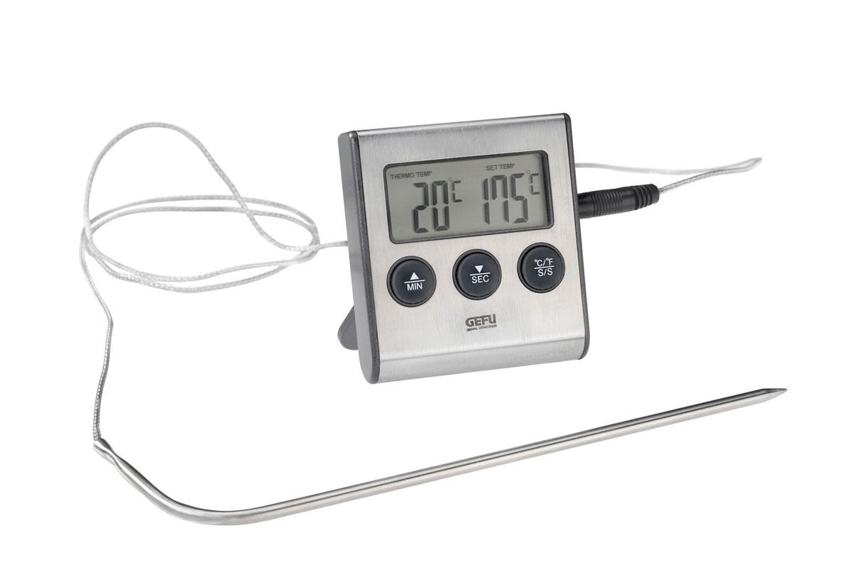 Термометр для жарки электронный Gefu Темпере21840Термометр для жарки Gefu Темпере позволяет измерять температуру блюда во время приготовления. Диапазон измерения от 0 до +250°С. Чтобы предотвратить подгорание блюда, при превышении допустимой температуры термометр издает звуковой сигнал. Корпус термометра изготовлен из высококачественного пластика и нержавеющей стали. К нему подсоединяется специальная проволока со спицей. Стоит лишь воткнуть в самую толстую часть мяса спицу термометра, как вы сразу же узнаете точную температуру продукта. Такой термометр позволит приготовить идеально мягкое и хорошо приготовленное мясо и другие продукты. Такой прибор придется по душе каждой хозяйке и станет незаменимым аксессуаром на кухне.