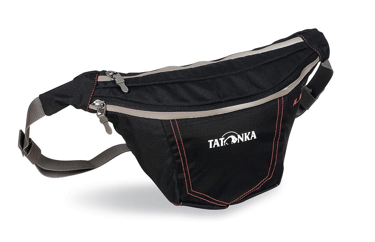 Сумка поясная Tatonka Ilium M, цвет: черный2221.040Tatonka Ilium M представляет собой удобную поясную сумку с регулируемым ремнем. Она оснащена двумя отделениями на молнии. Имеется держатель для ключей. Сумка крепится на пояс при помощи ремня регулируемого по длине и застегивающегося на карабин. Состав материала: 450 HD Polyoxford; T-Rip; Cross Nylon 420 HD.