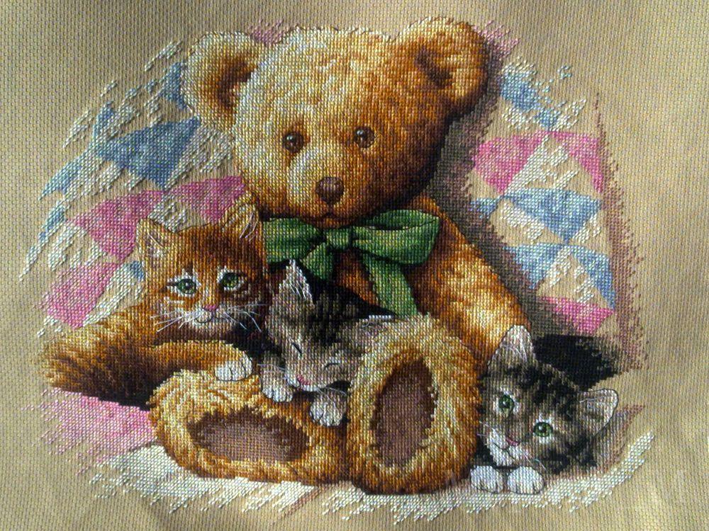 Набор для вышивания Dimensions Мишка и котята, 36 х 30 смDMS-35236