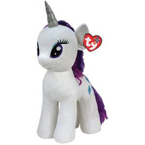 My Little Pony Мягкая игрушка Пони Rarity, 76 см90212Мягкая игрушка Rarity выполнена в виде очаровательной белой пони с элегантным длинным хвостом, гривой и волшебным рогом. Игрушка изготовлена из высококачественного текстильного материала с набивкой из синтепона. Грива и хвостик Рарити выполнены из мягкого текстиля, их можно заплетать и расчесывать. Игрушка имеет специальные уплотнения в ногах, что позволяет ей стоять самостоятельно, без опоры. Как и все игрушки серии Beanie Buddy, она изготовлена вручную, с любовью и вниманием к деталям. Рарити - самая красивая и элегантная лошадка в Понивилле. Она тщательно следит за своей внешностью, но не побоится испачкаться, чтобы прийти на помощь своим друзьям. Рарити знает все о моде и создает невероятные наряды в своем собственном модном бутике Карусель. Удивительно мягкая игрушка принесет радость и подарит своему обладателю мгновения нежных объятий и приятных воспоминаний. Великолепное качество исполнения делают эту игрушку чудесным подарком к любому празднику.