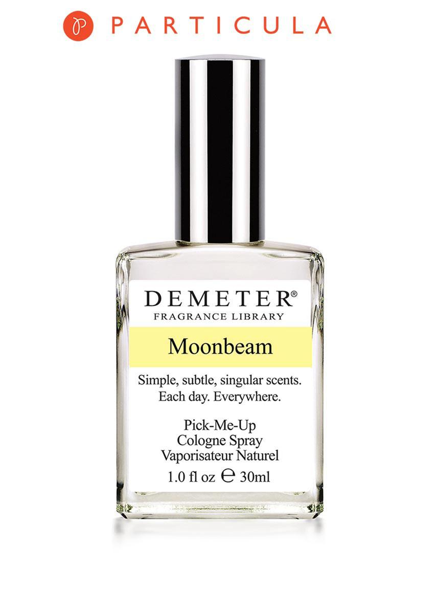 Demeter Fragrance Library Духи-спрей Лунная дорожка (Moonbeam), 30 млDM26337Признаемся, нам очень сложно описать этот аромат. Чем пахнет ночь, лунный свет и небольшое озеро, окруженное лесами? Мы решили назвать аромат «Лунная дорожка», потому что там есть всё это, а ещё ландыши, жасмины и нотки ценных пород деревьев. Как вам? Для полноты ощущений рекомендуем слетать на Луну, но лишь для того, чтобы убедиться, что «Moonbeam» от Demeter лучше. Способ применения: Нанести на сухую, чистую кожу. На точки пульса, волосы, одежду.