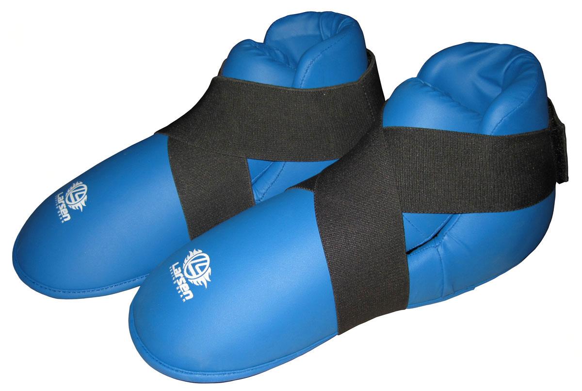 Защита стопы Larsen, цвет: синий. Размер L270027Защита стопы Larsen предназначена для занятий единоборствами. Выполнена из прочного полиуретана. Защита оснащена эластичной манжетой на застежке Velcro для фиксации.