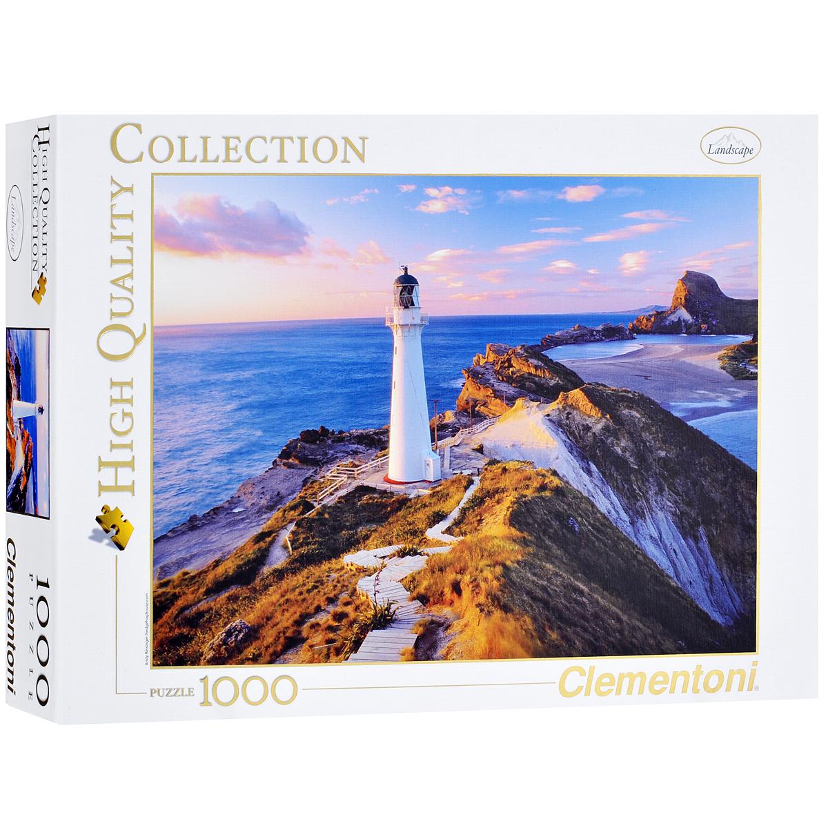 Маяк в Новой Зеландии. Пазл, 1000 элементов39236Пазл Clementoni Маяк в Новой Зеландии, без сомнения, придется по душе вам и вашему ребенку. Собрав этот пазл, включающий в себя 1000 элементов, вы получите цветной оригинальный постер с изображением маяка. Одно из самых интересных, загадочных и притягательных мест является маяк и маленький участок побережья, на котором он находится. Каждый человек, находящийся, по той или иной причине, вблизи маяка, стремится хоть краем глаза поближе взглянуть на него, узнать его историю, узнать чем он живет. Пазлы - прекрасное антистрессовое средство для взрослых и замечательная развивающая игра для детей. Собирание пазла развивает у ребенка мелкую моторику рук, тренирует наблюдательность, логическое мышление, знакомит с окружающим миром, с цветом и разнообразными формами, учит усидчивости и терпению, аккуратности и вниманию. Собирание пазла - прекрасное времяпрепровождение для всей семьи.