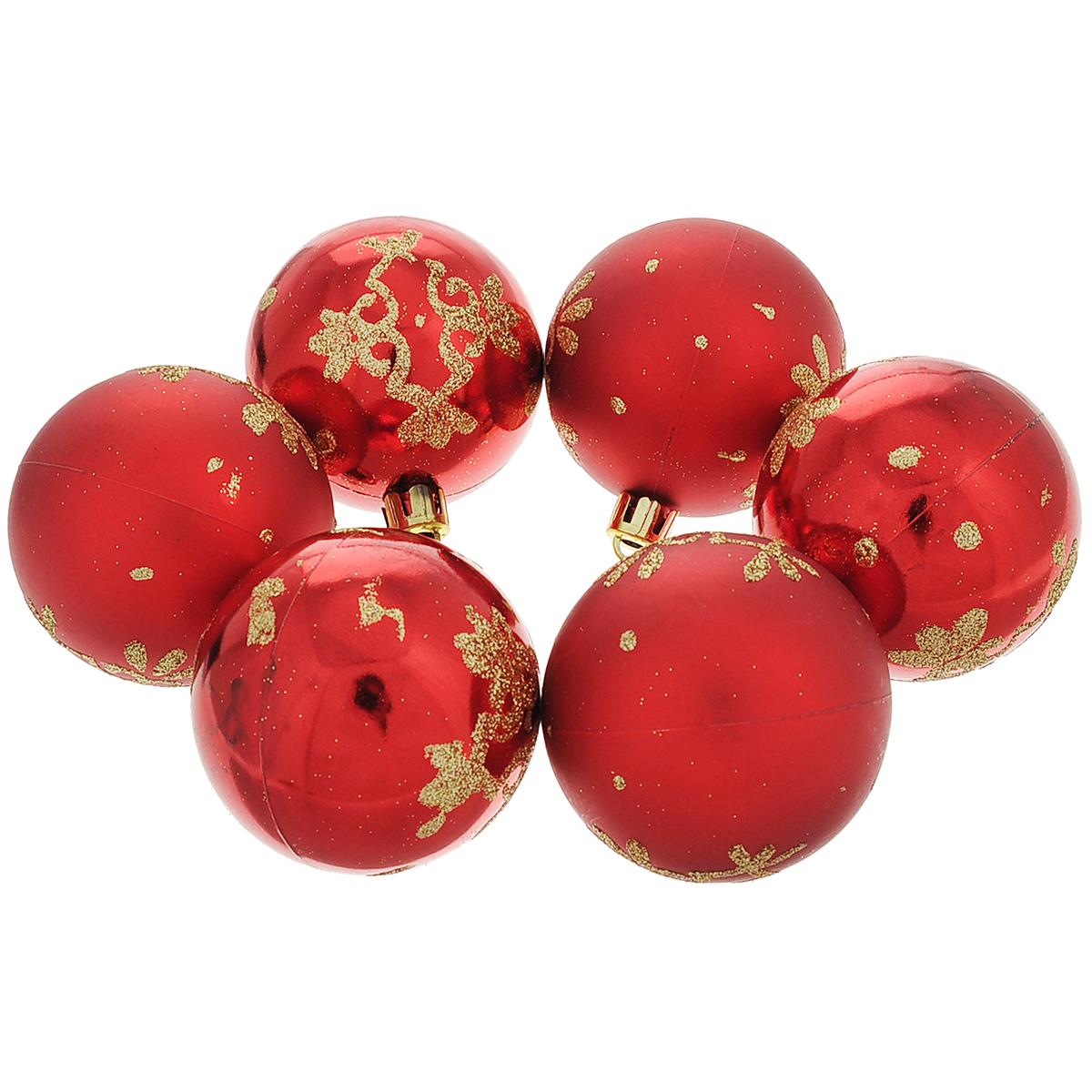 Набор новогодних подвесных украшений Шар, цвет: золотистый, красный, диаметр 6 см, 6 шт. 3549635496Набор новогодних подвесных украшений Шар прекрасно подойдет для праздничного декора новогодней ели. Состоит из шести шаров. Елочная игрушка - символ Нового года. Она несет в себе волшебство и красоту праздника. Создайте в своем доме атмосферу веселья и радости, украшая новогоднюю елку нарядными игрушками, которые будут из года в год накапливать теплоту воспоминаний. Коллекция декоративных украшений принесет в ваш дом ни с чем несравнимое ощущение волшебства! Откройте для себя удивительный мир сказок и грез. Почувствуйте волшебные минуты ожидания праздника, создайте новогоднее настроение вашим дорогим и близким.