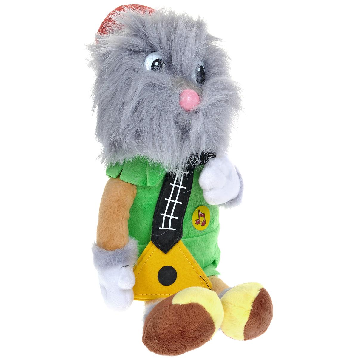 Мягкая озвученная игрушка Мульти-Пульти Домовой Нафаня, 20 смF9-W1551-1Мягкая озвученная игрушка Мульти-Пульти Домовой Нафаня вызовет улыбку у каждого, кто ее увидит! Она выполнена в виде всем известного мультипликационного персонажа - Нафани, который является другом одного известного домовенка - Кузи. Туловище игрушки - мягконабивное, глазки и носик - пластиковые. Одет он в салатовую рубаху и на голове у него красный колпак. Нафаня держит в руках балалайку. Если нажать игрушке на животик, Нафаня произнесет фразы из мультфильма: Привет, я Кузька, домовые мы, счатье в дом приносим, да, Работать буду по совести, за хозяйство не бойся, Родители есть? Присматривай за ними, Я потомственный домовой, А ты сказки знаешь?, А знаешь? Я к тебе уже совсем привык, Блинов хочу со сметаной, Я не жадный, я домовитый, За хозяйством смотреть надо, Сначала здесь весна будет, потом лето - бабочки летают, потом осень, а так постепенно доживем до зимы. Игрушка подарит своему обладателю хорошее настроение и позволит насладиться обществом любимого...