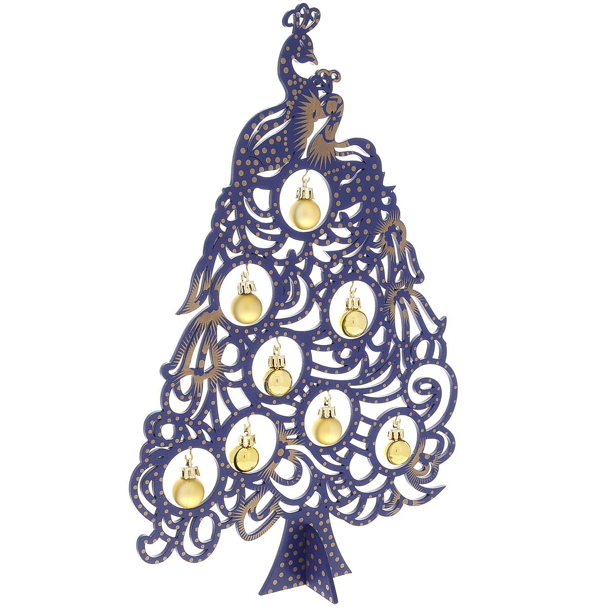 Новогодняя ель с игрушками Жар-птица, цвет: синий, 37 см. 3527735277Новогодняя ель с игрушками Жар-птица изготовлена из древесины тополя. В комплект к ели прилагаются пластиковые шарики золотистого и синего цвета, а также подставка. Красивое новогоднее украшение будет готово, стоит подвесить игрушки на елку. Новогодняя игрушка - символ Нового года. Она несет в себе волшебство и красоту праздника. Создайте в своем доме атмосферу веселья и радости, украшая новогоднюю елку нарядными игрушками, которые будут из года в год накапливать теплоту воспоминаний. Коллекция декоративных украшений принесет в ваш дом ни с чем несравнимое ощущение волшебства! Откройте для себя удивительный мир сказок и грез. Почувствуйте волшебные минуты ожидания праздника, создайте новогоднее настроение вашим дорогим и близким.