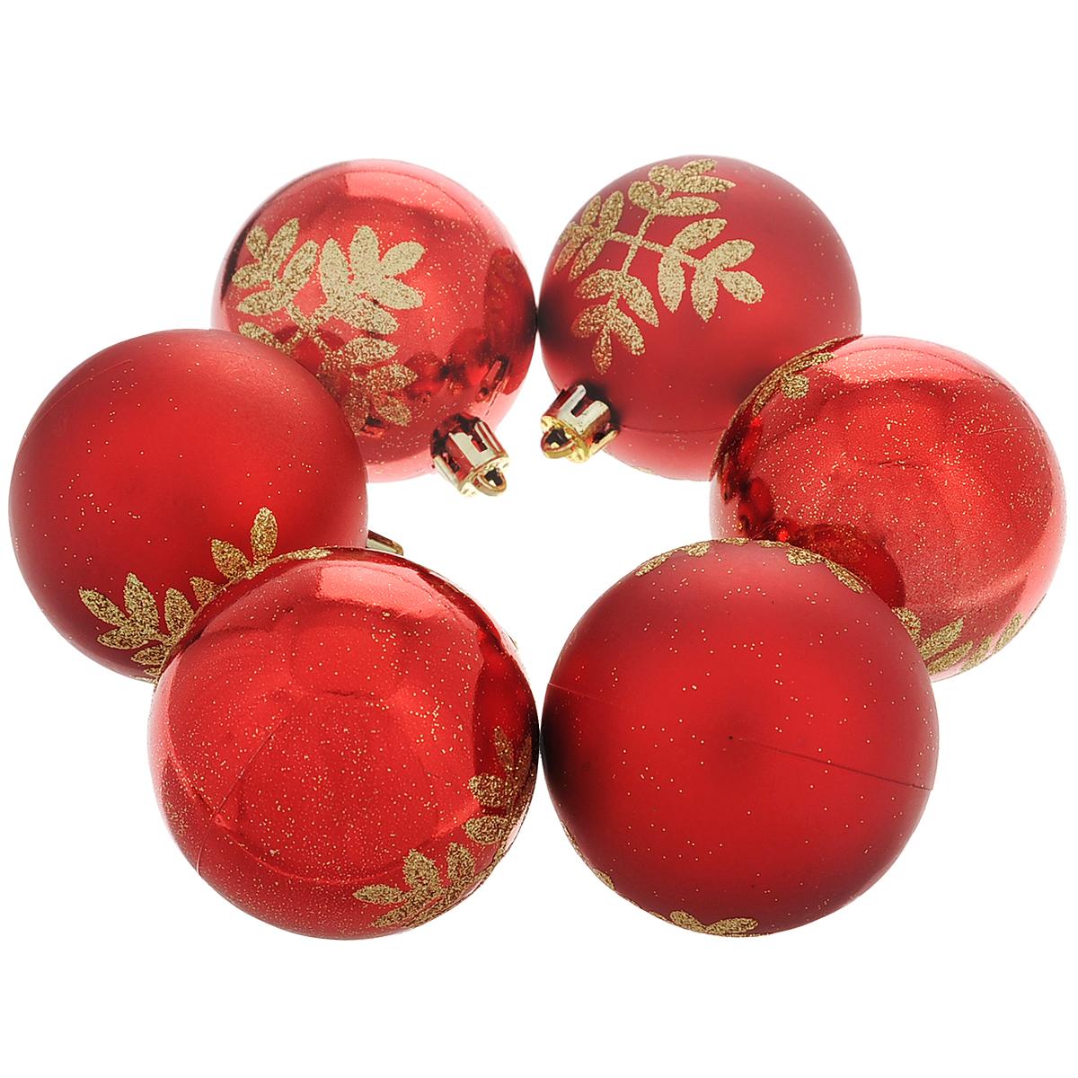 Набор новогодних подвесных украшений Шар, цвет: красный, золотистый, диаметр 6 см, 6 шт. 3550835508Набор новогодних подвесных украшений Шар прекрасно подойдет для праздничного декора новогодней ели. Состоит из шести шаров. Елочная игрушка - символ Нового года. Она несет в себе волшебство и красоту праздника. Создайте в своем доме атмосферу веселья и радости, украшая новогоднюю елку нарядными игрушками, которые будут из года в год накапливать теплоту воспоминаний. Коллекция декоративных украшений принесет в ваш дом ни с чем несравнимое ощущение волшебства! Откройте для себя удивительный мир сказок и грез. Почувствуйте волшебные минуты ожидания праздника, создайте новогоднее настроение вашим дорогим и близким.