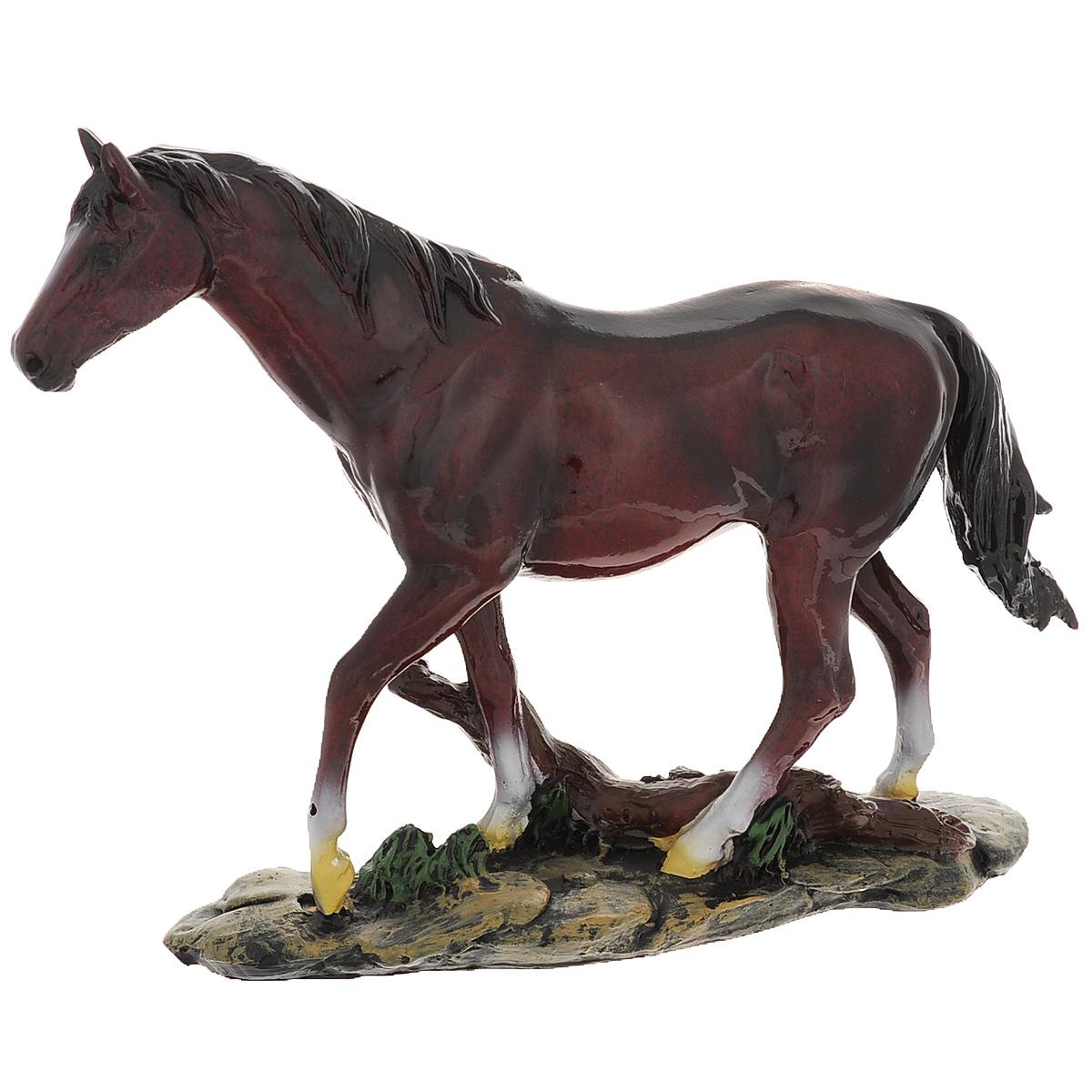 Статуэтка Molento Фризский конь, высота 18 см512-136