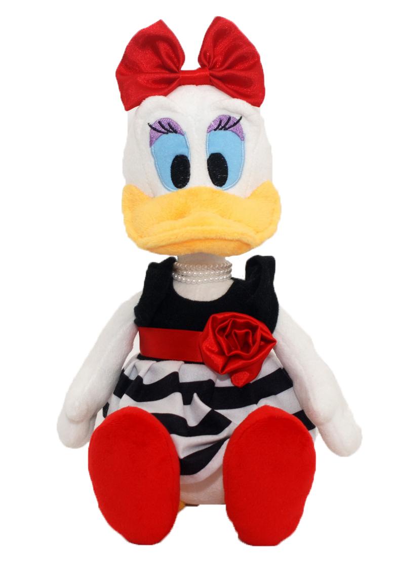Мягкая озвученная игрушка Disney Дейзи, 36 смDDT01\MОчаровательная музыкальная мягкая игрушка Disney Дейзи, выполненная в виде всем известной забавной уточки Дейзи Дак - подружки Дональда Дака, вызовет умиление и улыбку у каждого, кто ее увидит. Уточка одета в великолепное черное платье с подолом в черно-белую полоску, а также атласным красным поясом на талии, украшенным цветком. На голове у Дэйзи красный атласный бант. На шее очаровательные белые бусы. Туфли уточки по центру украшены стразой. Уточка говорит фразы Привет, я Дейзи!, Будем веселиться!, Свет мой, зеркальце, скажи, я ль на свете всех милее?, И кто сказал, что я не подарок?, Мой любимый вид спорта - экстремальный шоппинг., Нет слов, ты просто молодчина! и другие. Дэйзи забавно смеется. Эта невероятная игрушка станет замечательным подарком, как ребенку, так и взрослому. Необычайно мягкая, она принесет радость и подарит своему обладателю мгновения нежных объятий и приятных воспоминаний. Компания Disney предъявляет большие требования к...