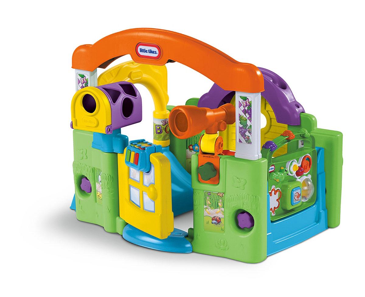 Развивающий центр Little Tikes Волшебный домик, 2 в 1632624Мультифункциональный развивающий центр Little Tikes Волшебный домик привлечет внимание малыша и не позволит ему скучать! Развивающий центр выполнен из прочного безопасного пластика и представляет собой уютный домик-трансформер с различными играми. С его помощью ребенок будет в игровой и увлекательной форме познавать окружающий мир. В домике очень уютно и интересно: ставни открываются и закрываются, мячик над ставенками катится по желобку и закатывается в цветочную клумбу. В подвижный телескоп можно рассматривать различные предметы. Музыкальное пианино, прикрепленное к дверце, развлечет юного композитора и разовьет слух. С помощью говорящего телефона малыш научится составлять новые фразы. Игровой центр также включает в себя встроенную погремушку и небольшие фигурные игрушки, которые можно двигать с места на место. Волшебный домик трансформируется как в закрытый, так и в открытый - двусторонний. Развивающий центр поможет детям от 6 месяцев до 3-х лет реализовать свои...