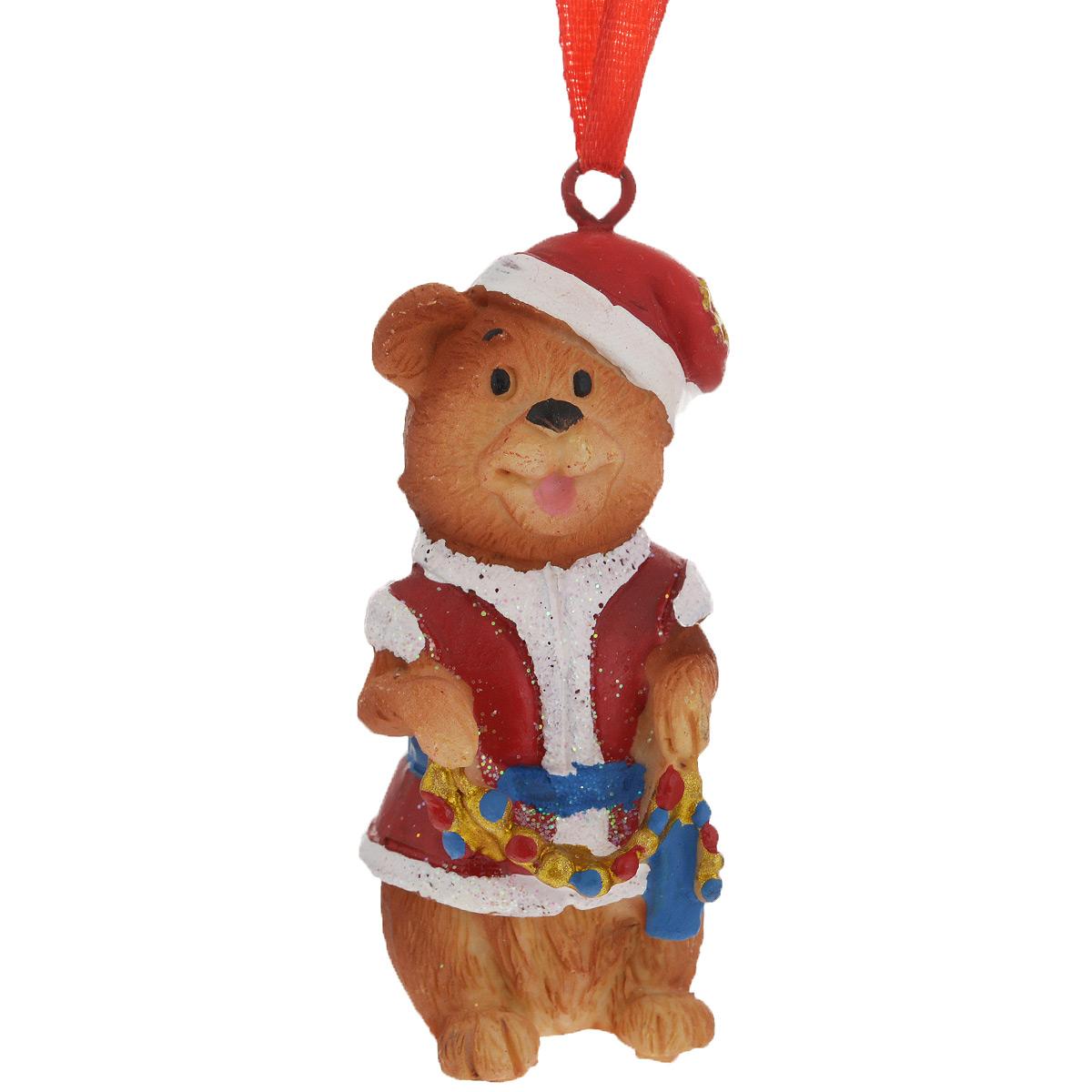 Новогоднее подвесное украшение Мишка в костюме Деда Мороза. 3459034590Оригинальное новогоднее украшение из пластика прекрасно подойдет для праздничного декора дома и новогодней ели. Изделие крепится на елку с помощью металлического зажима.