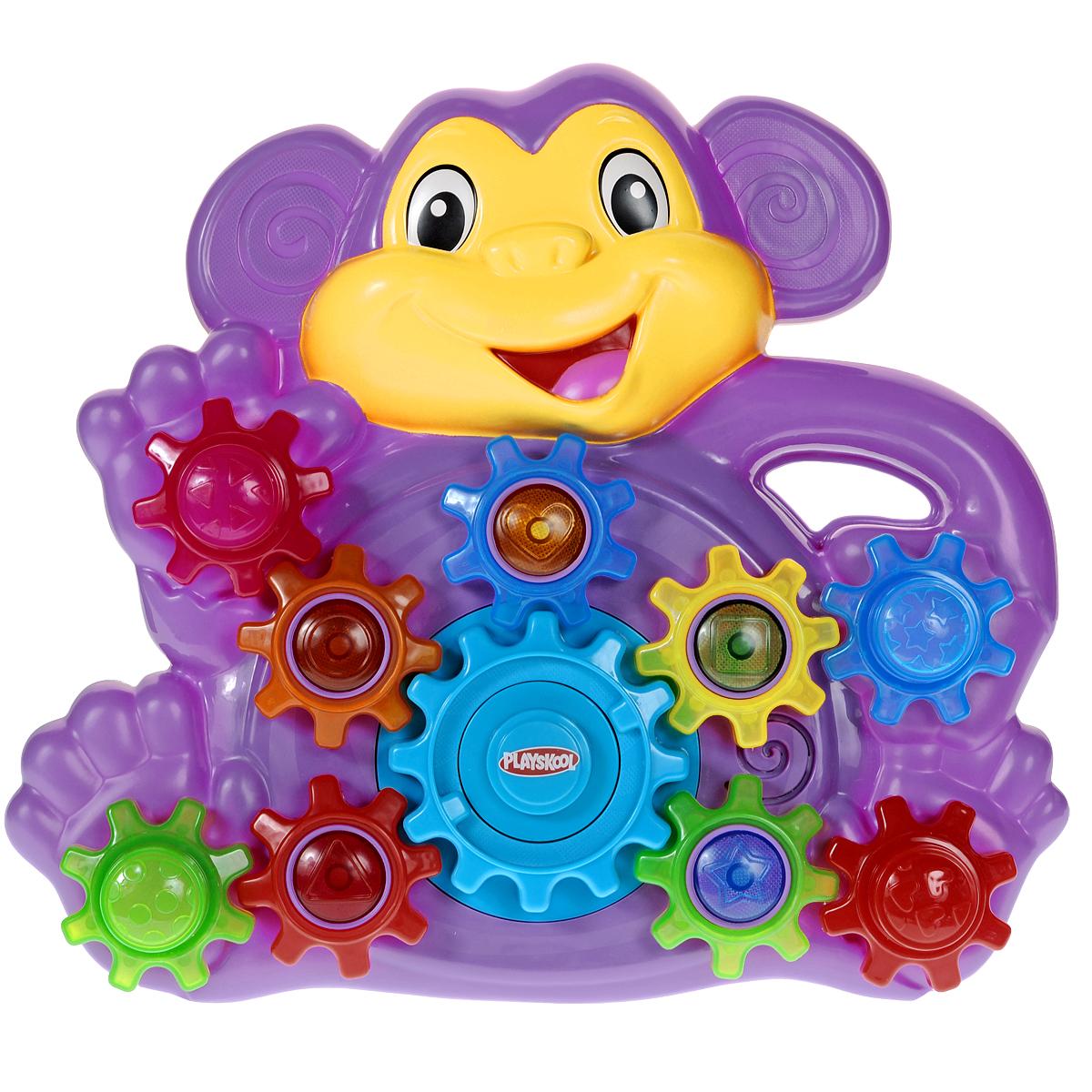 Playskool Развивающая игрушка Озорная обезьянкаA7390EU40Развивающая игрушка Playskool Озорная обезьянка не оставит равнодушным вашего малыша. Игрушка выполнена из безопасного пластика ярких цветов в виде фиолетовой обезьянки и оснащена световыми и звуковыми эффектами. На игрушке расположены шестеренки, приходящие в движение при нажатии кнопки на центральной шестеренке. При этом разными цветами подсвечиваются лампочки внутри шестеренок и раздаются забавные звуки и мелодии. В комплект входят четыре формочки разных цветов, которые малыш сможет надевать на штырьки, расположенные по бокам игрушки. Из формочек также можно построить пирамидку. Игрушка Playskool Озорная обезьянка поможет ребенку развить интеллектуальные способности, а также цветовое и звуковое восприятие, мелкую моторику рук и координацию движений. Рекомендуется докупить 3 батарейки напряжением 1,5V типа АА (товар комплектуется демонстрационными).