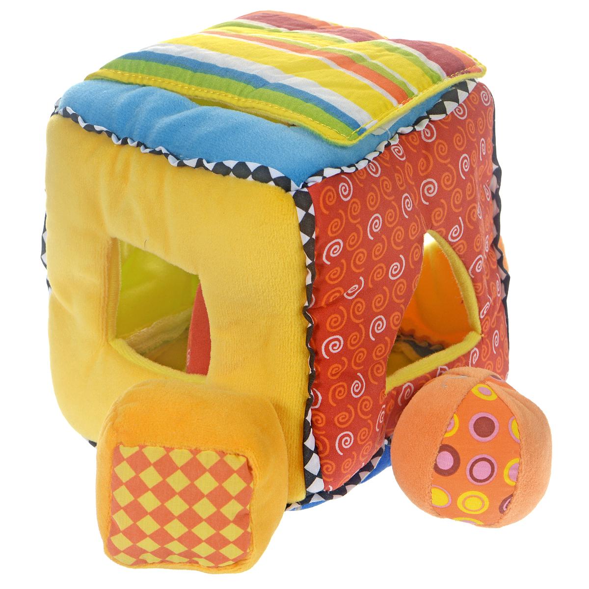 Мягкий кубик-сортерB-8013Мягкий кубик-сортер непременно понравится вашему малышу и надолго займет его внимание. Он выполнен из текстильного материала разных фактур в виде кубика. Также в комплект входят четыре элемента в виде квадрата, цилиндра, мячика и треугольника. На гранях кубика расположены два отверстия в виде круга и отверстия в виде треугольника и квадрата. Задача малыша заключается в том, чтобы опустить игрушки в соответствующие им отверстия. Когда все игрушки окажутся внутри цилиндра, их можно достать, подняв крепящуюся на липучку верхнюю часть кубика. На обратной стороне крышки расположено круглое безопасное зеркальце. Внутри игрушек расположены развивающие элементы: в квадрате - шуршащий элемент, в цилиндре и мячике - погремушки, а в треугольнике - пищалка. Мягкий кубик-сортер способствует развитию у малыша воображения, цветового восприятия, тактильных ощущений, мелкой моторики рук и координации движений, знакомит с понятием формы предмета.