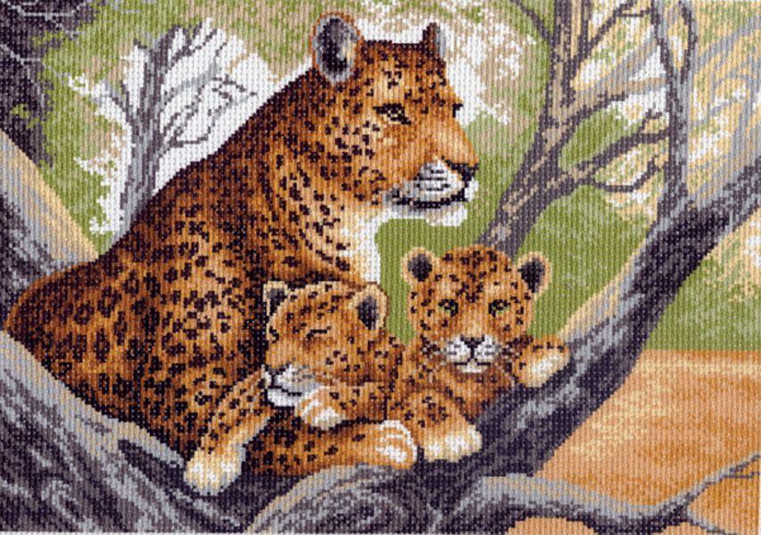 Канва с рисунком для вышивания Тигрица с тигрятами, 37 х 49 см 615551031Канва с рисунком для вышивания Тигрица с тигрятами изготовлена из хлопка. Вышивка выполняется в технике полный крестик в 2-3 нити или полукрестом в 4 нити. Создайте свой личный шедевр - красивую вышитую картину. Работа, выполненная своими руками, станет отличным подарком для друзей и близких! УВАЖАЕМЫЕ КЛИЕНТЫ! Обращаем ваше внимание, на тот факт, что цвет символа на ткани может отличаться от реального цвета нити мулине. Рекомендуемое количество цветов: 14.