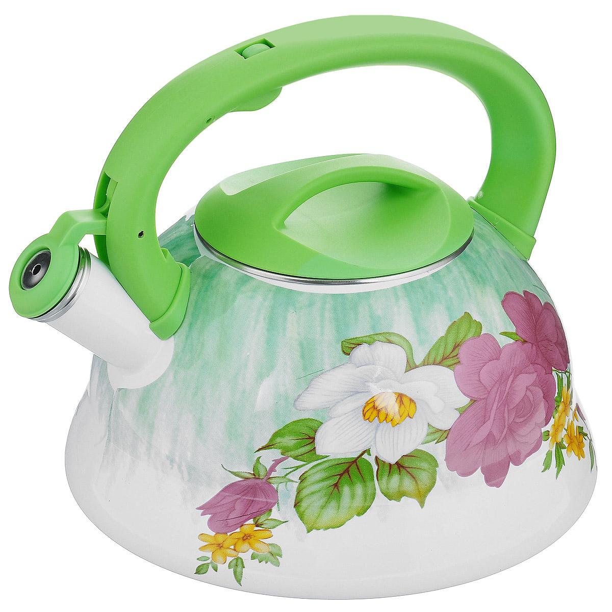 Чайник эмалированный Wellberg Цветы и зелень, со свистком, цвет: белый, салатовый, 3 л. WB-34343434WBЧайник Wellberg изготовлен из высококачественной нержавеющей стали с эмалированным покрытием. Корпус чайника оформлен ярким цветочным рисунком. Эмалированная посуда очень удобна в использовании, она практична и элегантна. За такой посудой легко ухаживать: чистить и мыть. Чайники с эмалированным покрытием обладают неоспоримым преимуществом: гладкая поверхность не впитывает запахи и препятствует размножению бактерий. Чайник оснащен удобной ручкой из высокопрочного пластика. Носик чайника имеет откидной свисток, звуковой сигнал которого подскажет, когда закипит вода. Положение свистка регулируется при помощи кнопки на ручке чайника. Подходит для использования на электрических, галогенных, стеклокерамических, индукционных плитах. Не ставить чайник на открытый огонь.