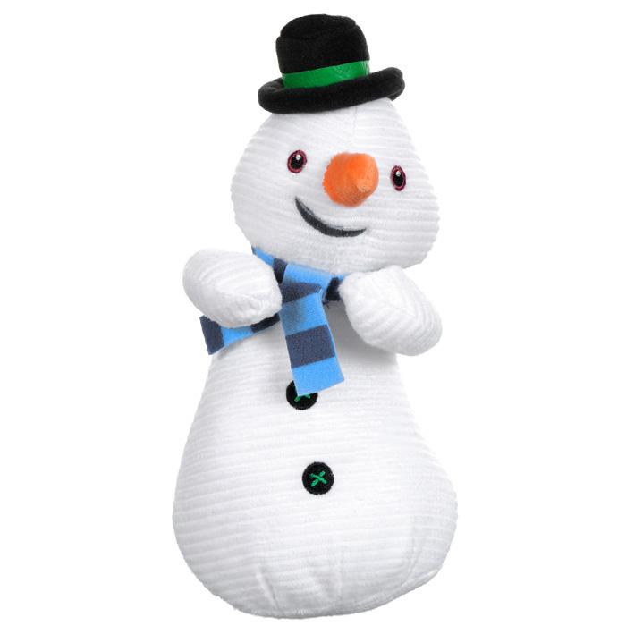 Мягкая игрушка Disney Чилли, 22 см1200455Мягкая игрушка Disney Чилли выполнена в виде симпатичного снеговика Чилли - друга главной героини мультсериала Доктор Плюшева. Удивительно мягкая игрушка изготовлена из высококачественных текстильных материалов с набивкой из синтепона. Глазки, ротик и пуговки снеговика вышиты нитками. Оригинальный стиль и великолепное качество исполнения делают эту игрушку чудесным подарком к любому празднику. Порадуйте вашего ребенка таким замечательным подарком!