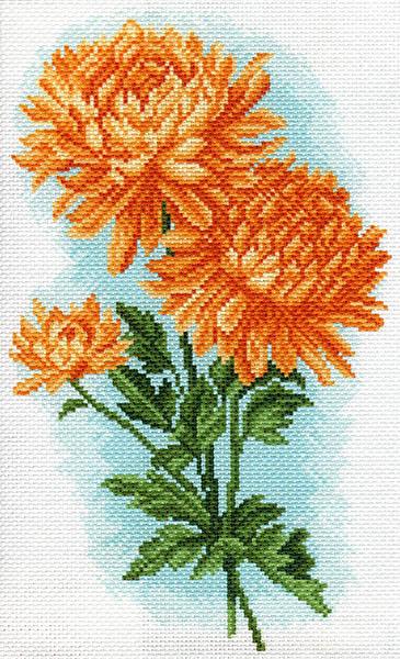 Канва с рисунком для вышивания Желтые хризантемы, 17 х 28 см 1586426127_1586Канва с рисунком для вышивания Желтые хризантемы изготовлена из хлопка. Рисунок-вышивка выполненный на такой канве, выглядит очень оригинально. Вышивка выполняется в технике полный крестик в 2-3 нити или полукрестом в 4 нити. Вышивание отвлечет вас от повседневных забот и превратится в увлекательное занятие! Работа, сделанная своими руками, создаст особый уют и атмосферу в доме и долгие годы будет радовать вас и ваших близких, а подарок, выполненный собственноручно, станет самым ценным для друзей и знакомых. Рекомендуемое количество цветов: 11. Размер канвы: 29,5 см х 37,5 см. Не рекомендуется стирать или мочить рисунок на канве перед вышиванием. УВАЖАЕМЫЕ КЛИЕНТЫ! Обращаем ваше внимание, на тот факт, что цвет символа на ткани может отличаться от реального цвета нити мулине.