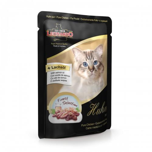 Консервы Leonardo для взрослых кошек, с курицей, 85 г41868Консервы Leonardo - полноценное сбалансированное питание для взрослых кошек. Корм обладает высокой вкусовой привлекательностью и способен удовлетворить потребности любой кошки. Состав: мясо курицы, сердце, желудок, печень (70%), говядина, бульон из курицы (29,6%), рыбий жир (семейство лососевые) (0,2%), карбонад кальция (0,2%). Анализ: влажность 80%, протеин 11,2%, жир 5,6%, зола 2,2%, клетчатка 0,3%. Добавки на кг: витамин А - 3000 ME, витамин D3 - 200 ME, витамин Е - 30 МЕ, таурин - 1500 мг, марганец - 3 мг, цинк - 15 мг, йод - 0,75 мг, селен - 0,03 мг. Товар сертифицирован.
