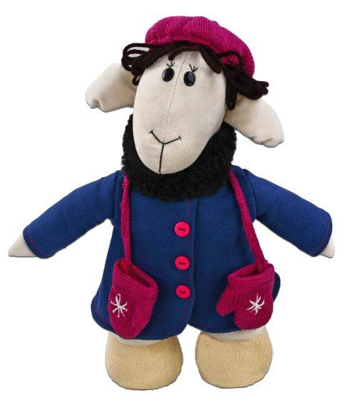 Мягкая игрушка Fluffy Family Овечки челОвечки: Фантазерка, 33 см681023Забавная мягкая игрушка Fluffy Family Овечки челОвечки: Фантазерка поднимет настроение и малышам, и взрослым. Игрушка изготовлена из высококачественного текстильного материала с набивкой из полиэфирного волокна. Игрушка выполнена в виде мечтательной овечки в зимней курточке. Вязаный беретик и рукавчики со снежинками дополняют образ. На голове Фантазерки - курчавые волосы из ниток. Игрушка имеет уплотнения в ногах, позволяющие ей стоять самостоятельно. Оригинальная мягкая игрушка способна развеселить как ребенка, так и взрослого. Внешний вид игрушки продуман до мелочей, и она идеально вписывается в задуманный образ. Такая очаровательная овечка непременно вызовет у вас улыбку. Великолепное качество исполнения делают эту игрушку чудесным подарком к любому празднику. Овечки челОвечки - это оригинальная коллекция авторских игрушек. Все челОвечки такие разные, и все-таки в каждом мы узнаем своих знакомых, друзей и возможно даже самих себя.