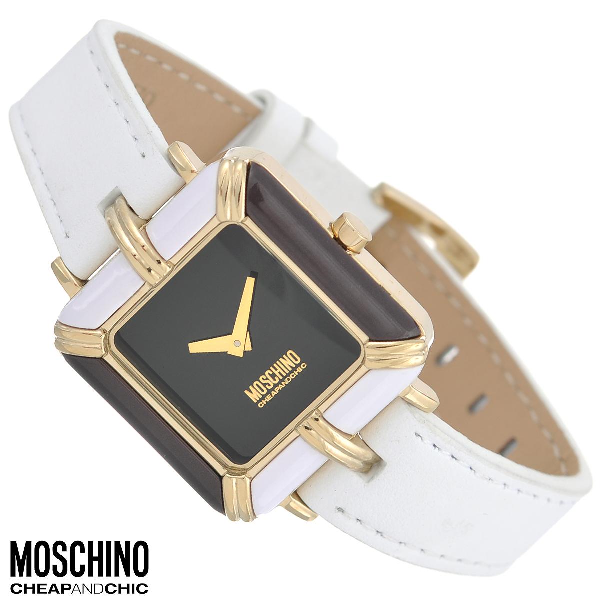Часы женские наручные Moschino, цвет: белый, черный. MW0359MW0359Наручные часы от известного итальянского бренда Moschino - это не только стильный и функциональный аксессуар, но и современные технологи, сочетающиеся с экстравагантным дизайном и индивидуальностью. Часы Moschino оснащены кварцевым механизмом. Корпус квадратной формы выполнен из высококачественной нержавеющей стали с PVD-покрытием и вставками из смолы. Циферблат без отметок защищен минеральным стеклом. Часы имеют две стрелки - часовую и минутную. Ремешок часов выполнен из натуральной кожи и оснащен классической застежкой. Часы упакованы в фирменную металлическую коробку с логотипом бренда. Часы Moschino благодаря своему уникальному дизайну отличаются от часов других марок своеобразными циферблатами, функциональностью, а также набором уникальных технических свойств. Каждой модели присуща легкая экстравагантность, самобытность и, безусловно, великолепный вкус. Характеристики: Размер циферблата: 2 см х 2 см. Размер корпуса:...
