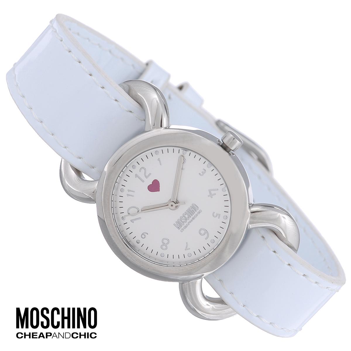 Часы женские наручные Moschino, цвет: белый. MW0299MW0299Наручные часы от известного итальянского бренда Moschino - это не только стильный и функциональный аксессуар, но и современные технологи, сочетающиеся с экстравагантным дизайном и индивидуальностью. Часы Moschino оснащены кварцевым механизмом. Корпус круглой формы выполнен из высококачественной нержавеющей стали. Циферблат с арабскими цифрами оформлен миниатюрным сердечком и защищен минеральным стеклом. Часы имеют три стрелки - часовую, минутную и секундную. Ремешок часов выполнен из искусственной лаковой кожи и оснащен классической застежкой. Благодаря уникальному дизайну корпуса, часы можно носить на шее как кулон. В комплекте чехол в форме сердца. Часы упакованы в фирменную металлическую коробку с логотипом бренда. Часы Moschino благодаря своему уникальному дизайну отличаются от часов других марок своеобразными циферблатами, функциональностью, а также набором уникальных технических свойств. Каждой модели присуща легкая экстравагантность, самобытность...