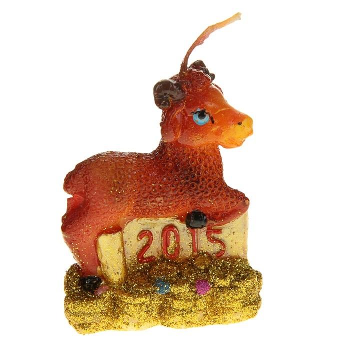 Свеча декоративная Sima-land Овца. 823778823778Свеча декоративная Sima-land Овца - отличный подарок, подчеркивающий яркую индивидуальность того, кому он предназначается. Свеча выполнена из высококачественного воска в форме овцы с деньгами. Такая свеча украсит интерьер вашего дома или офиса в преддверии Нового года. Оригинальный дизайн и красочное исполнение создадут праздничное настроение. Материал: воск. Размер свечи (без учета фитиля): 5 см х 2,5 см х 6,5 см.