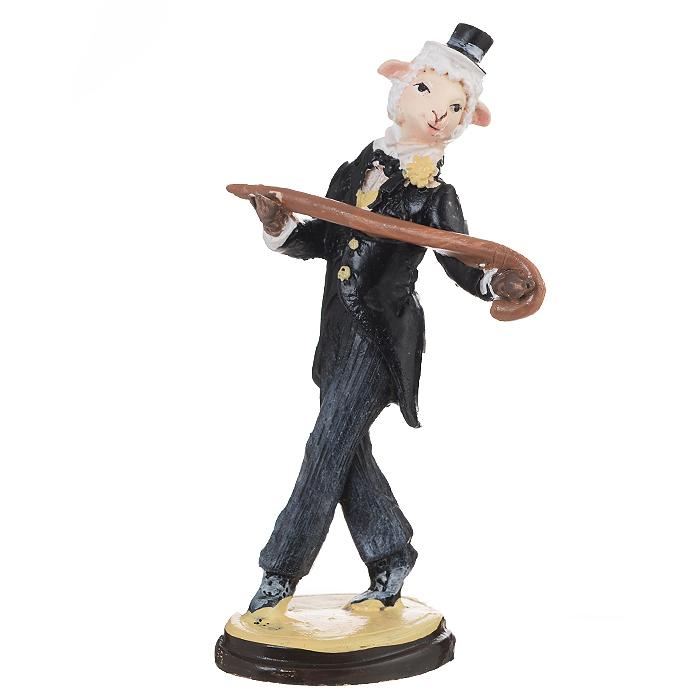 Декоративная фигурка Овечка в образе Луи Армстронга, высота 12 см. 3455634556Декоративная фигурка Овечка в образе Луи Армстронга станет прекрасным сувениром, который вызовет улыбку и поднимет настроение. Фигурка выполнена из полирезины в виде овечки в костюме, в шляпке и с тросточкой. Поставьте фигурку в любое понравившееся вам места, где она будет удачно смотреться и радовать глаз.