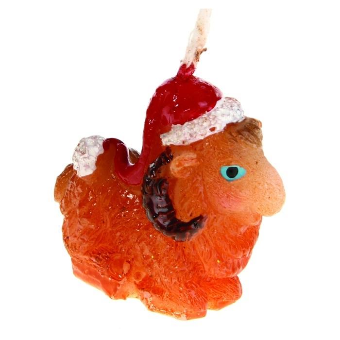 Свеча декоративная Sima-land Овца в новогоднем колпаке. 823762823762Свеча декоративная Sima-land Овца в новогоднем колпаке - отличный подарок, подчеркивающий яркую индивидуальность того, кому он предназначается. Свеча выполнена из высококачественного воска в форме овцы в новогоднем колпаке. Такая свеча украсит интерьер вашего дома или офиса в преддверии Нового года. Оригинальный дизайн и красочное исполнение создадут праздничное настроение. Материал: воск. Размер свечи (без учета фитиля): 3,5 см х 1,5 см х 3 см.