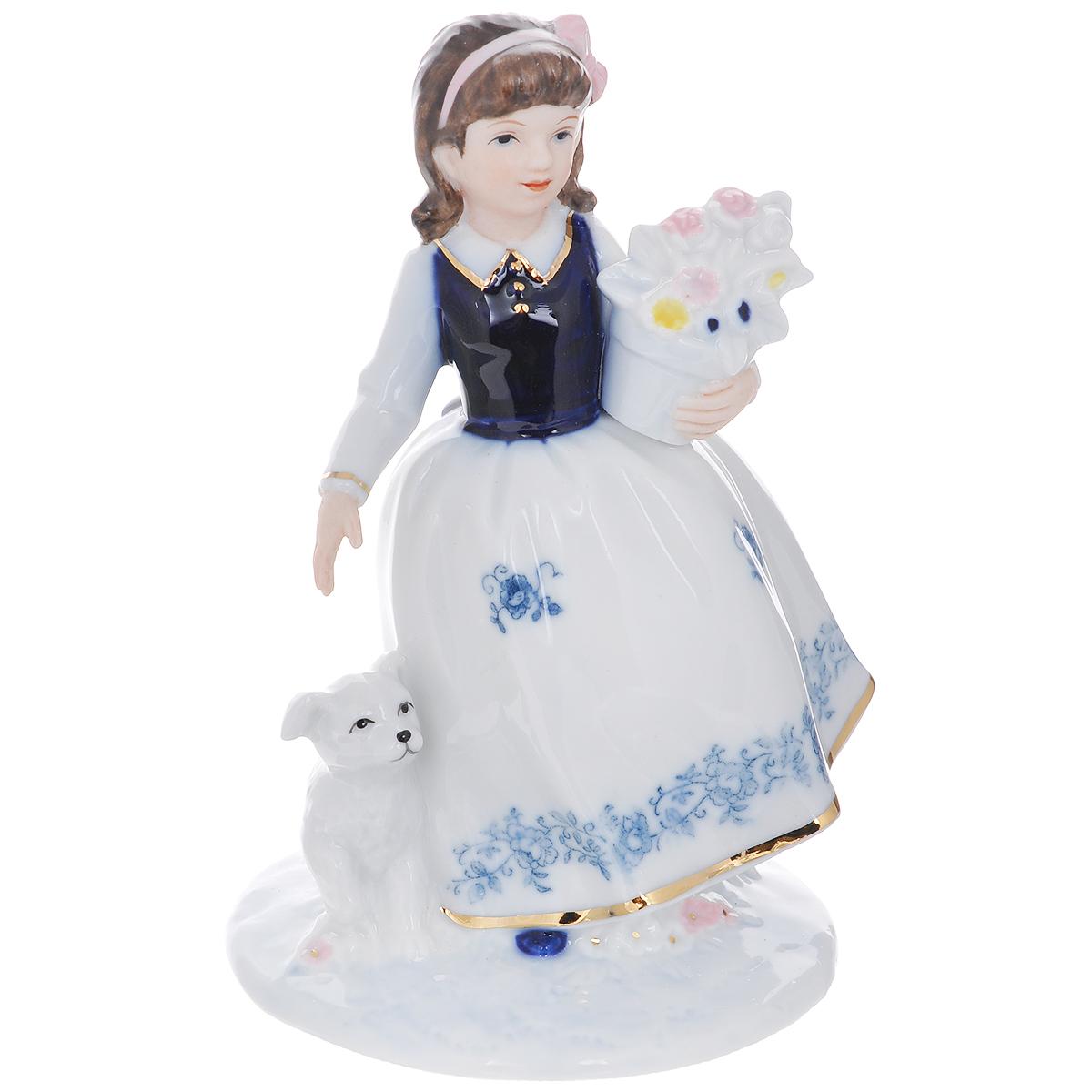 Статуэтка Domani Девочка с собакой, высота 13 смD-OG64/1-ALСтатуэтка Domani Девочка с собакой изготовлена из высококачественного фарфора. Изделие выполнено в виде девочки в пышном платье, с собакой и букетом цветов в руках. Вы можете поставить статуэтка в любое место, где она будет удачно смотреться и радовать глаз.