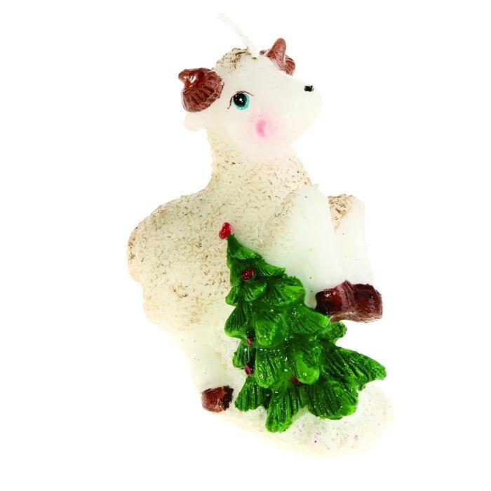 Свеча декоративная Sima-land Овца с елочкой. 823804823804Свеча декоративная Sima-land Овца с елочкой - отличный подарок, подчеркивающий яркую индивидуальность того, кому он предназначается. Свеча выполнена из высококачественного воска в форме овцы с елкой. Такая свеча украсит интерьер вашего дома или офиса в преддверии Нового года. Оригинальный дизайн и красочное исполнение создадут праздничное настроение.