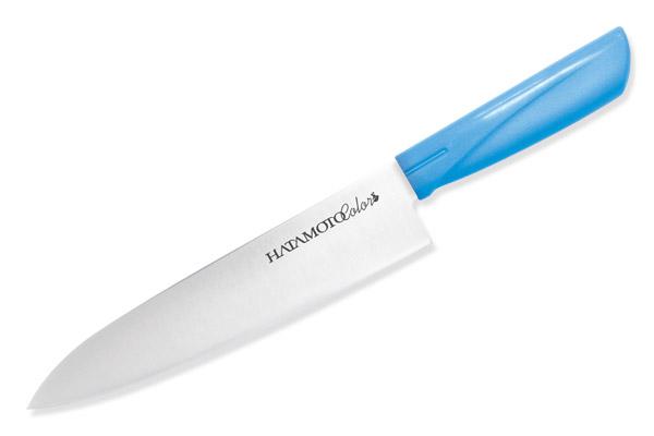 Нож поварской Hatamoto Color, цвет: голубой, длина лезвия 18 см3014-BLUПоварской нож Hatamoto Color выполнен из высокоуглеродистой стали 1К6 и прошел дополнительную криообработку при температуре - 70°С, что обеспечивает дополнительную гибкость и однородность структуры для более продолжительного удержания режущей кромки при работе. Рукоятка ножа изготовлена из высококачественного пластика. Тыльная сторона рукояти гладкая, что уменьшает напряжение и увеличивает комфорт при работе, а внутренняя сторона выполнена зернистой, для более цепкого хвата даже в мокрых и намасленных руках, что предотвратит травмы на кухне. Такой нож прекрасно подойдет для очистки, разделки и нарезки фруктов, овощей и мяса. Ножи Hatamoto Color обладают уникальной геометрией клинков, а также в процессе производства подвергаются инновационным способам обработки стали, что на выходе позволило создать ножи в сегменте эконом класса, но с характеристиками клинков ни чем не уступающих профессиональным, а порой превосходящих их по качеству и плавности реза. Общая длина...